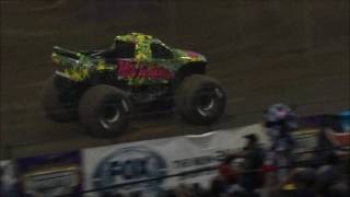 Monster Jam Stafford Springs, CT 2017 Saturday Night: Donut Competition