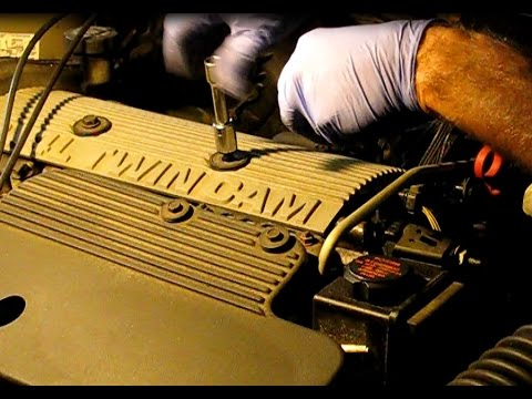 GM 24L basics: Oil and filter, air filter, spark plugs on