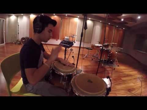 "Alan López - Morena Galicia - ""Crónica"" (Percussion Cam)"