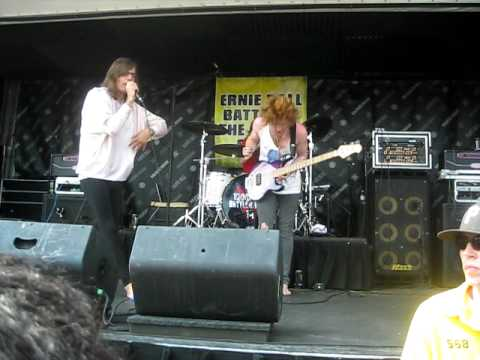 Closure In Moscow ~ A Night At The Spleen - Warped Tour 2010