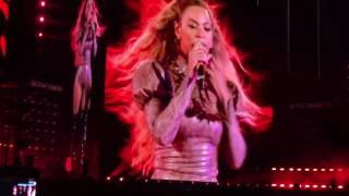 """Crazy In Love"" Beyoncé Live @Dodgers Stadium Formation World Tour"