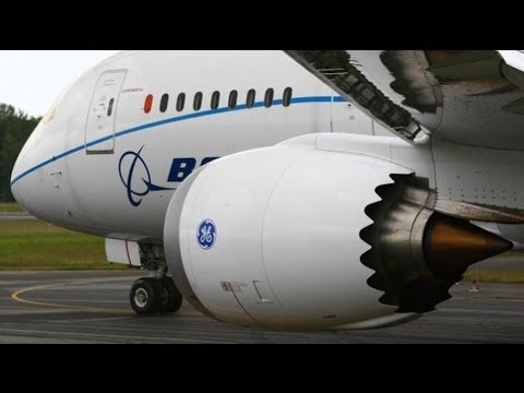 Boeing warns airlines of icing risk for 787, 747-8s