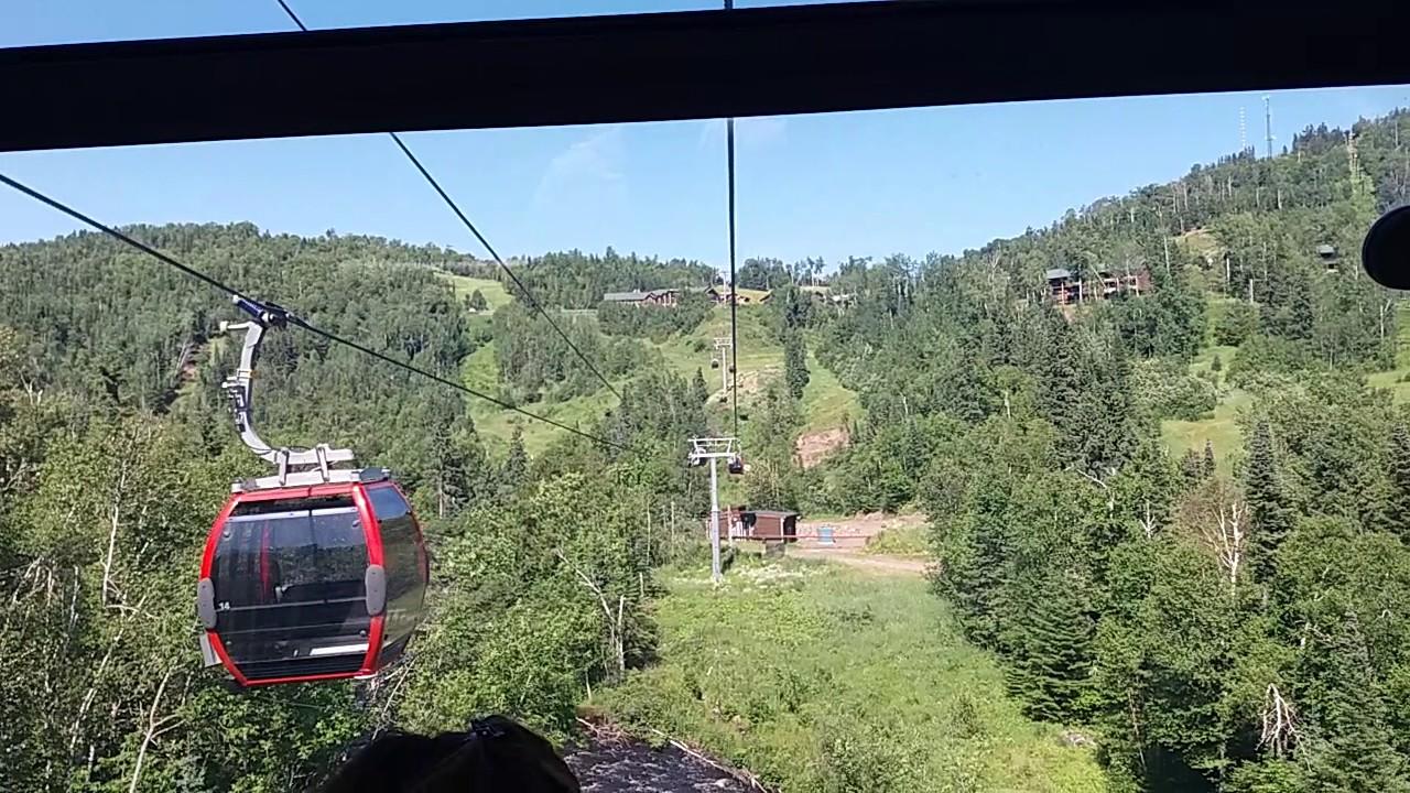 lutsen moose mountain gondola ride doppelmayr 8-passenger high-speed