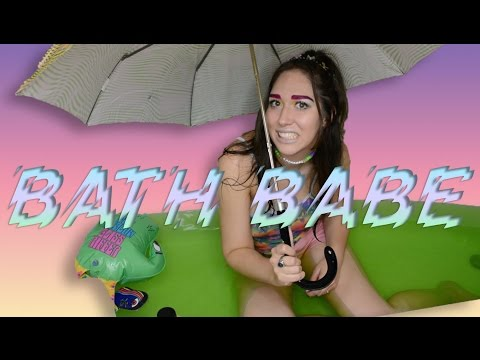 Bath Babe: Alien In My Eye