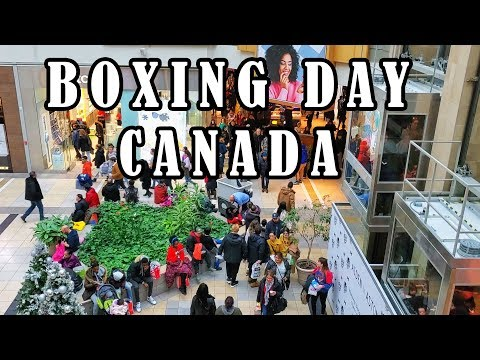 Boxing Day Crowd At Fairview Pointe Claire Mall! Shopping On Boxing Day Canada On December 26, 2019!