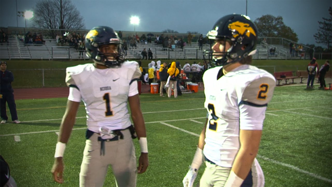 Neuqua Valley Vs Hinsdale Central Playoff Football 10 31 15