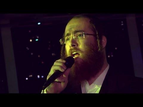 "Cantor Ushi Blumenberg & Yedidim Choir Sing ""U'vashofar"""