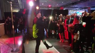 Gavin DeGraw - She Sets The City On Fire @ Mercedes Benz Manhattan 12-7-2016