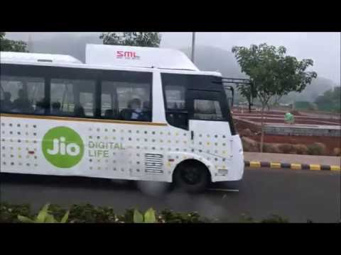 Driverless Shuttle | Auto Pilot Road Trip | Reliance Jio Shuttle |Golf Cart| Self Driving Car India