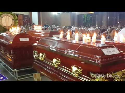 Đức cha Giuse Nguyễn Tấn Tước chủ sự thánh lễ an táng thân nhân của Cha Pet Trần Thái Phong.