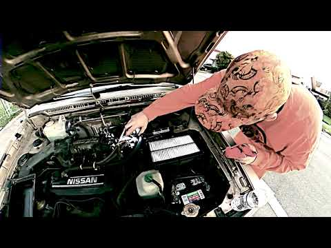 1986 Nissan Stanza Wagon - Throttle Body Cleaning