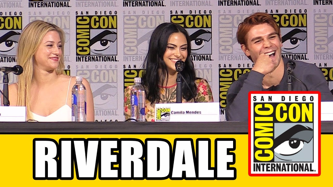 RIVERDALE Comic Con Panel Part 1 - Season 2, News & Highlights