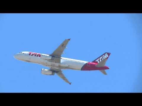 """Airbus 320 de TAM """"PR-MBP"""" rumbo a SAAR (Rosario)"""