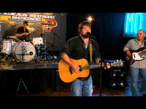 "Mike Ryan performs ""Wont Let It Show"" on the Texas Music Scene"