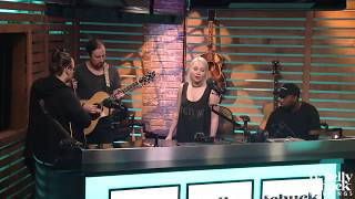 "RaeLynn Performs New Song ""Bra"" Acoustic - Ty, Kelly & Chuck"