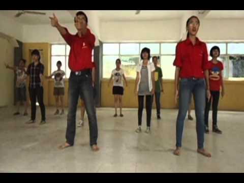 """[Youth Day 2012] dạy nhảy bài """"Tôi yêu Việt Nam"""""""