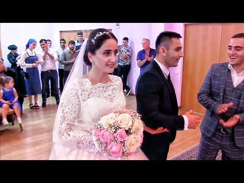 ГРУБАЯ ошибка невесты в ЗАГСе поразила жениха!