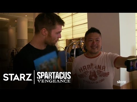 Spartacus: Vengeance  Liam McIntyre Goes to ComicCon  STARZ