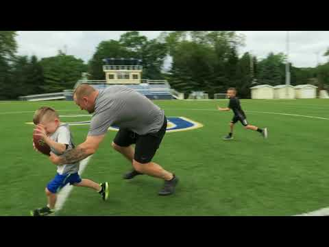 New York Giants QB Alex Tanney Starts Quarterback Camp for Toddlers
