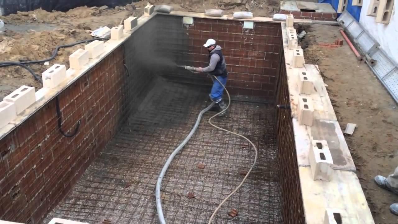 Напыление бетона плотность стеновых панелей из керамзитобетона