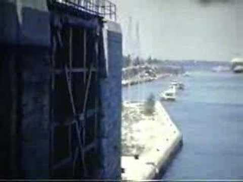 St.Lawrence Seaway & Montreal(Gladys Bowater)