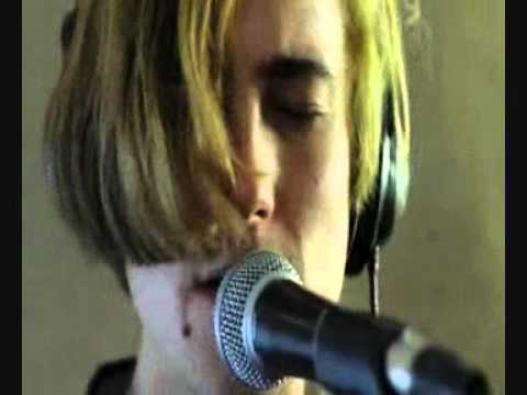 DIIV - Doused (Live)
