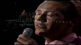 Bobby Hatfield - The Righteous Brothers - Unchained Melody - live in 1965 - HQ