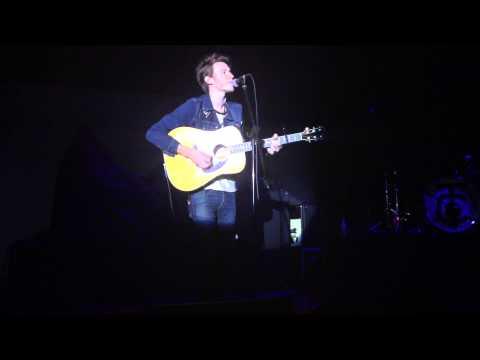 Nick Santino - Baby Blue Eyes Live in Manila