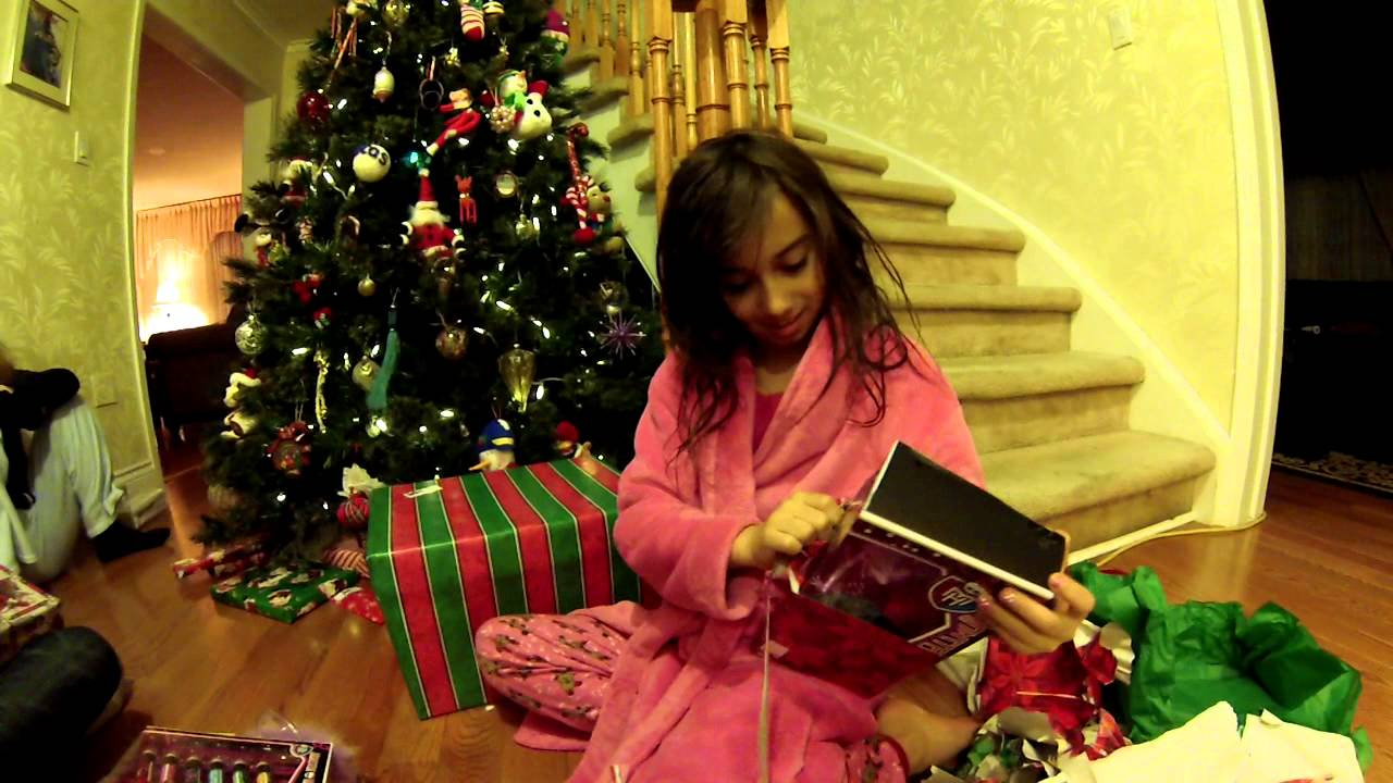 GOPR0 Test Christmas gift unwrapping 2012 - YouTube