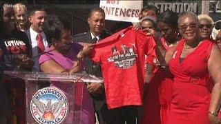 Atlanta mayor signs historic legislation to close city jail