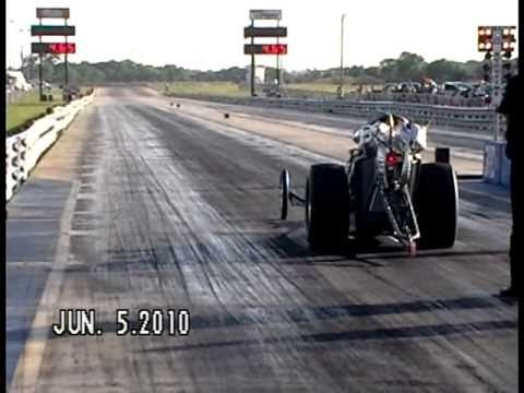 TBFA 2010 Meador & Stouffer Front Engine Dragster Qualifying 1st Round Denton TX.mpg