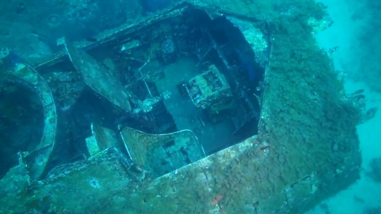 airplane wreck b17 bomber calvi corse scuba diving youtube