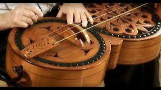 """""""Instrumenty z duszą"""", odc. 8 – Lira korbowa"""