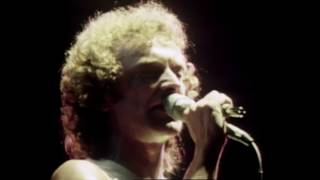 Foreigner - Waiting For A Girl Like You (Official Music Video)