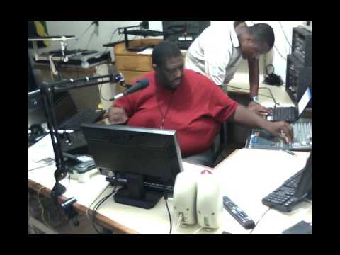 Total Praise with Heavy D (June 12, 2016)