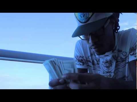 Lil Wayne Ft. Future & Drake- Bitches Love me