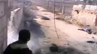 Syria: rebels fighters under sniper fire - no comment