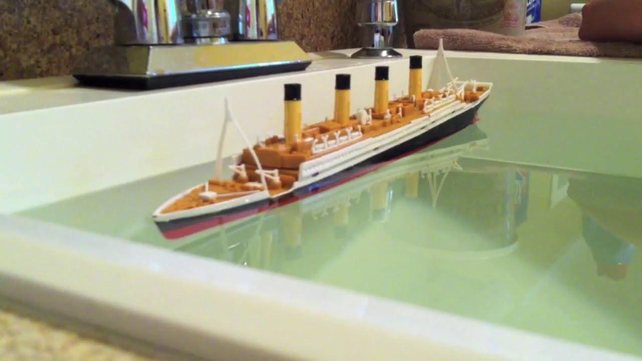R.M.S. Titanic Model Sinking - YouTube