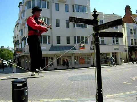 violinist-acrobat, Brighton