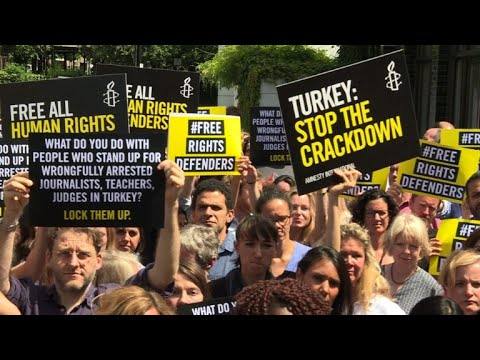 Amnesty calls for world to pressure Turkey to release activists