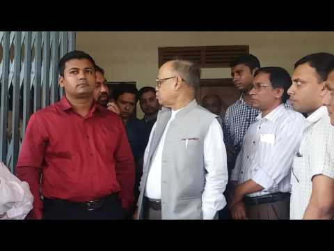 UGC Chair provokes CoU teacher's association to barricade Banga Bhaban