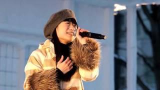 momoさんの「大好きだよ」 2011年2月11日札幌雪まつりでのステージ.