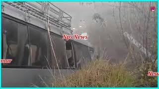 Girl student Accident   Peshawar se Ko Islamabad Le janay wali Coaster Rashakai Interchange ke Qaree