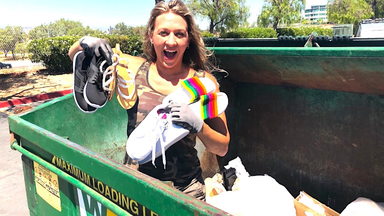 DUMPSTER DIVING- SHE'S SAVING WHAT BIG CORPORATE STORES THROW AWAY - YouTube