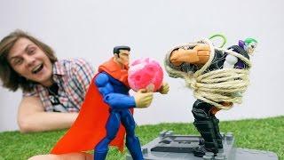 Видео про супергероев Марвел. Супермен против Джокера.