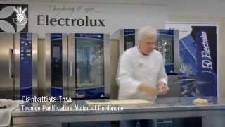 Приготовление французского круассана con VOILA(В данном видео представлен рецепт приготовления классического французского круассана. Для приготовления..., 2015-07-27T07:42:51.000Z)