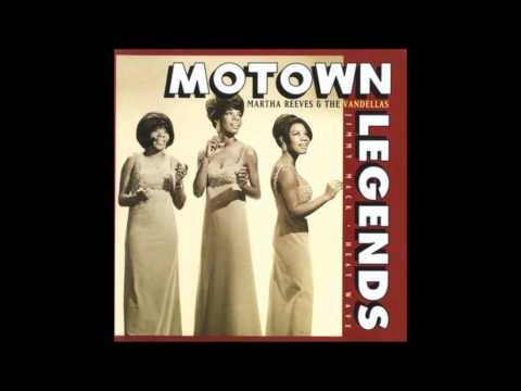 Martha Reeves & The Vandellas ~ Heat Wave  (1963)