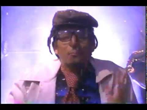"Digital Underground ""The Return Of The Crazy One"" Music Video (1994)"