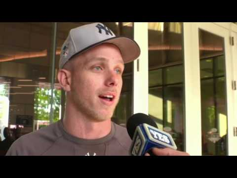 Yankees fans describe Derek Jeter Day