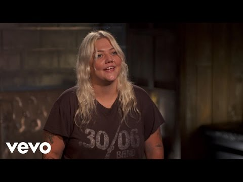 Elle King - DSCVR Interview